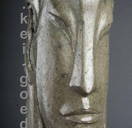 Buddha beeld van riviersteen