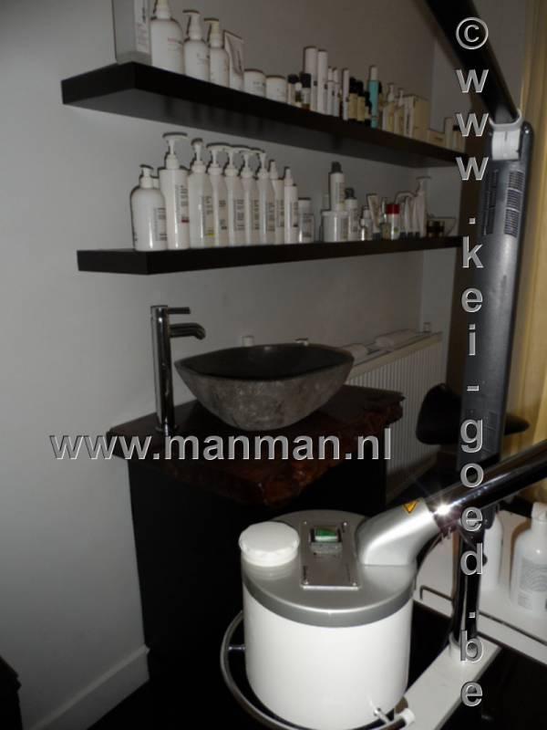 rivierstenen waskommen bij manman mannen salon