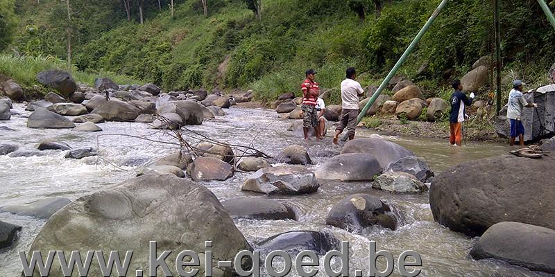riviersteen verplaatsen