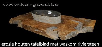 lavabo riviersteen met erosie houten blad