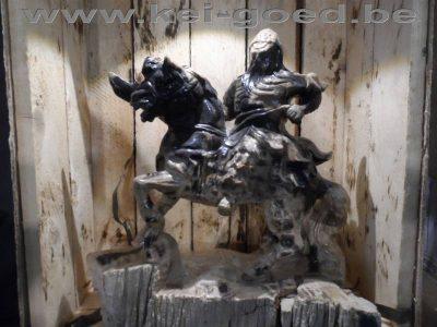 versteend hout afbeelding van Dzjengis Khan