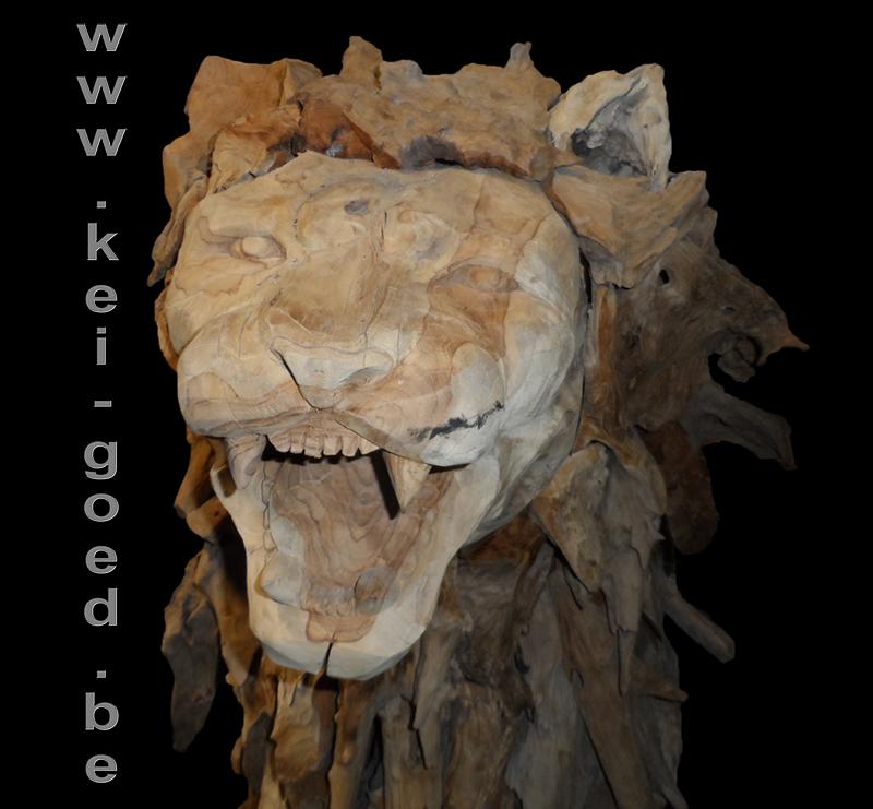 Leeuw opgebouwd van erosie hout oude teak wortel - Tafel leeuw ...