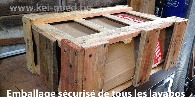 veilige verpakking van natuursteen wastafels in recycled hout